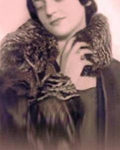 HYDRA - Ella Bache