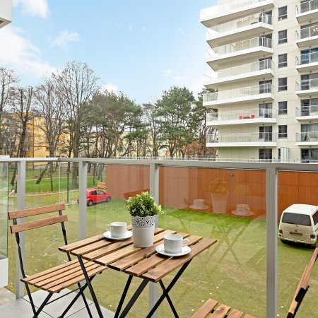 Apartament ul. Hallera 223/112, Sypialnia + Balkon