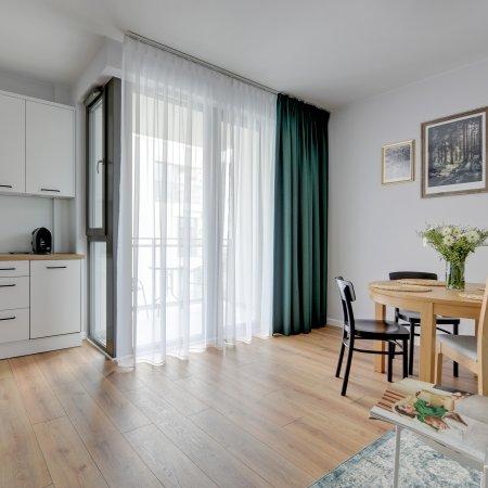 Apartament ul. Długie Ogrody 18d/123, Sypialnia + Balkon