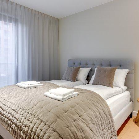 Apartament ul. Chmielna 73B/80, 2 Sypialnie, Balkon