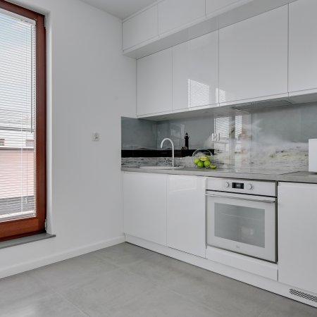 Apartament ul. Chmielna 73B/61, 1 Sypialnia, Balkon