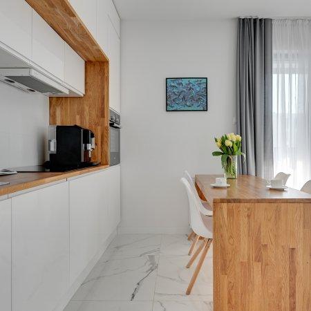 Apartament ul. Ignacego Krasickiego 9E/8, 2 Sypialnie, Balkon