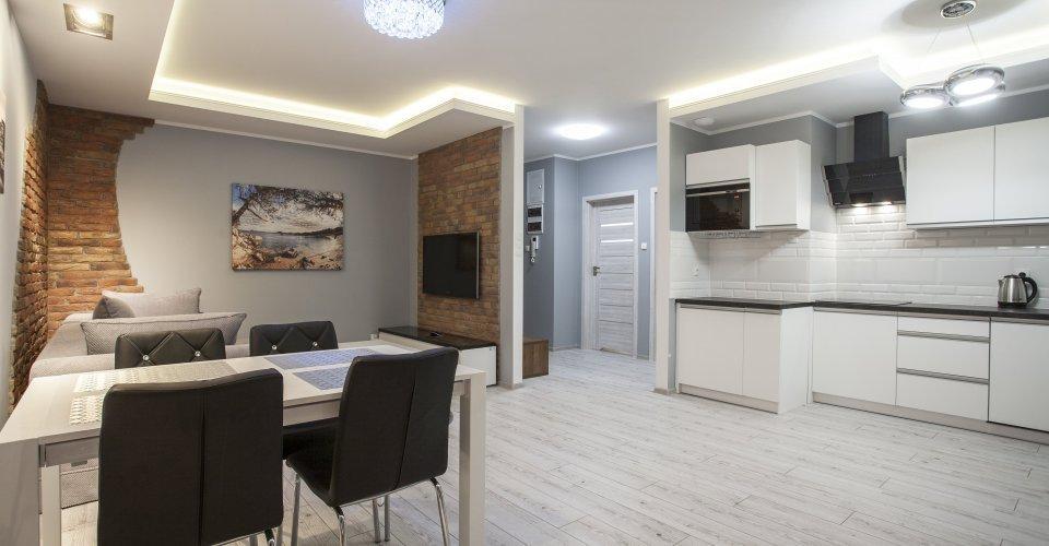 Apartment E20, 1 Bedroom, Balcony