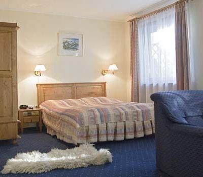 Pokój 2-os. z łóżkiem małżeńskim