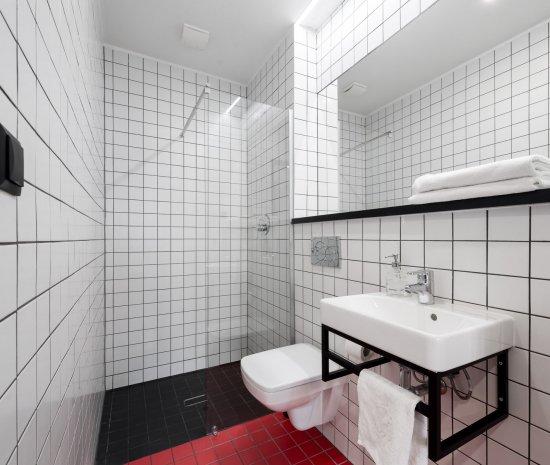 Pokój 1 os. - Standard z łazienką