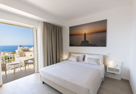 Superior double/twin room with sea view