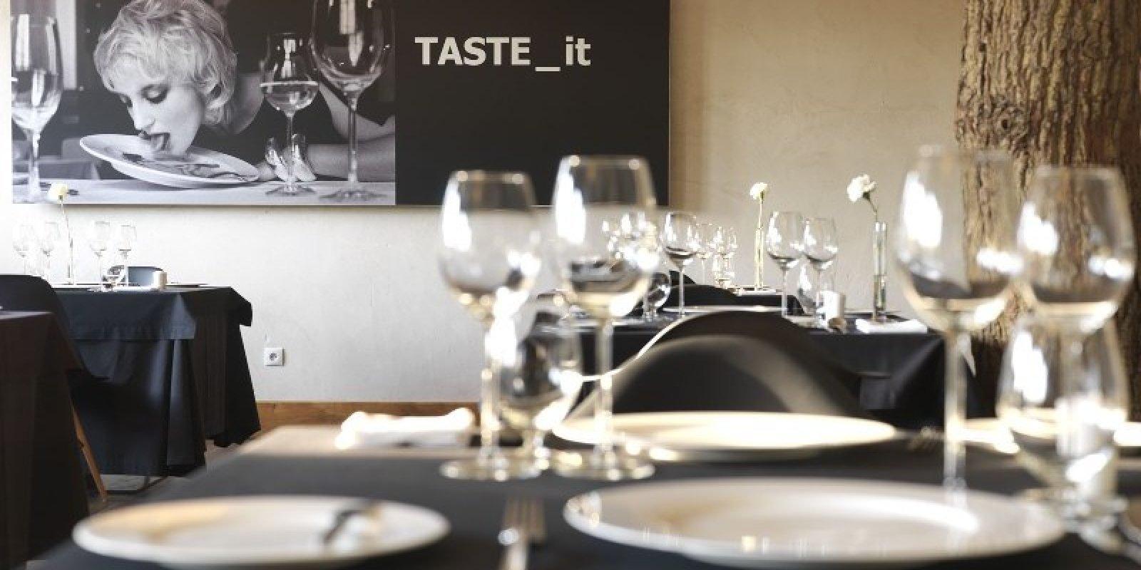 Zaproszenie do restauracji TASTE_it