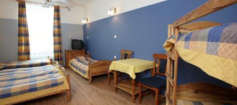Batory Annex ** – 5-bedded room