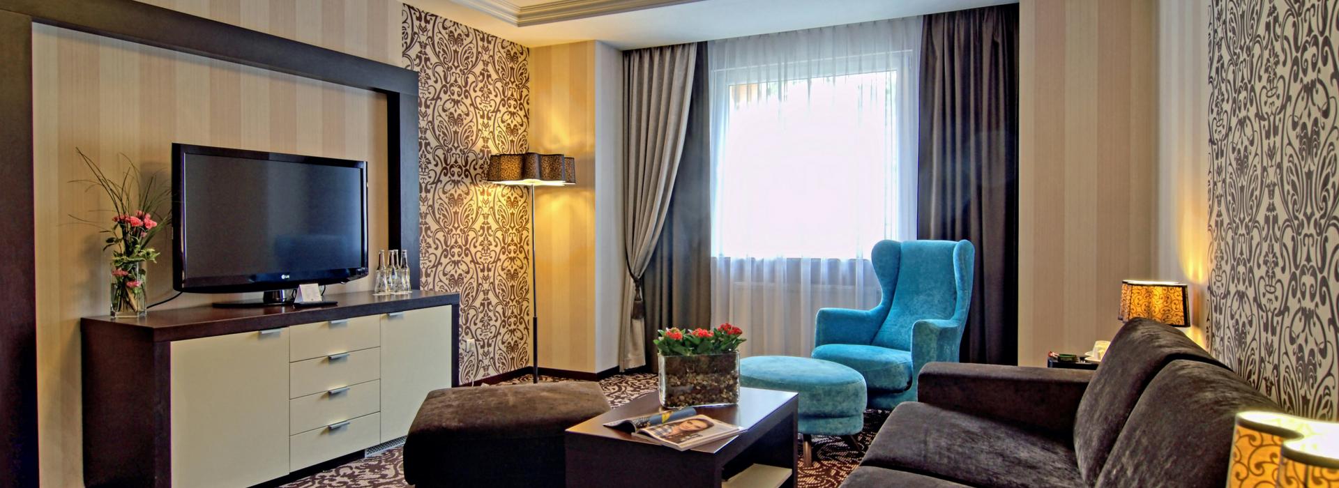 Pokój Junior Suite z 25 % RABATEM na nocleg - budynek bez łącznika