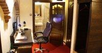 Mały Pokój Dwuosobowy typu Business Budget  -  dwuosobowe łóżko,  śniadanie i kolacja w cenie pokoju, druga osoba w pokoju- dopłata 70 zł  do ceny