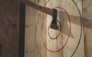 AXE! Stay with axe throwing lesson