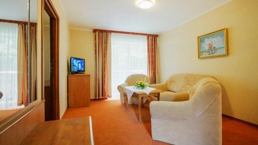Apartament (Pokoje Hotelowe)