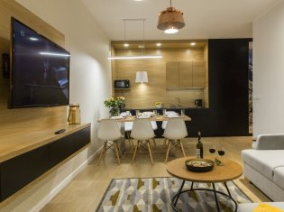 112 Family Apartment Superior