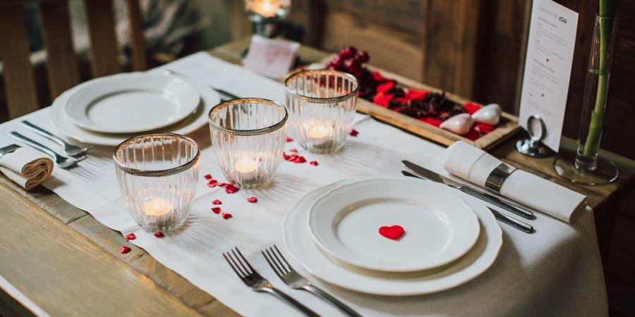 Romantyczna kolacja z noclegiem