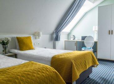 Pokój dwuosobowy z 1 lub 2 łóżkami i klimatyzacją