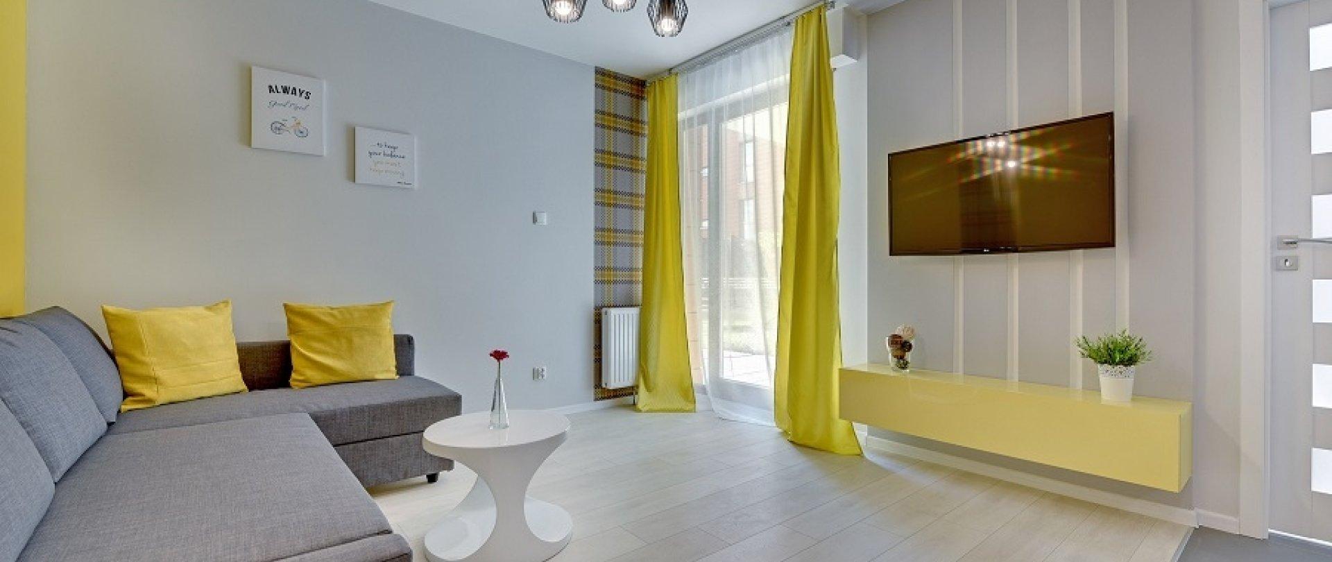 Aura Yellow
