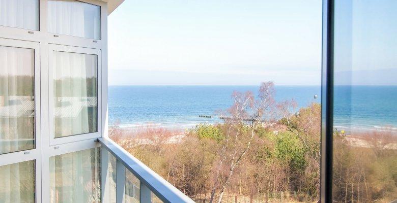 Apartament A408 z jedną sypialnią (boczny widok na morze)