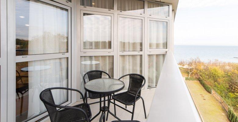 Apartament 406A z jedną sypialnią  (boczny widok na morze)