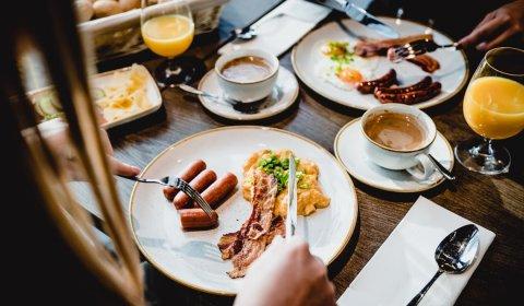 First Minute Sommerferien mit Frühstück!
