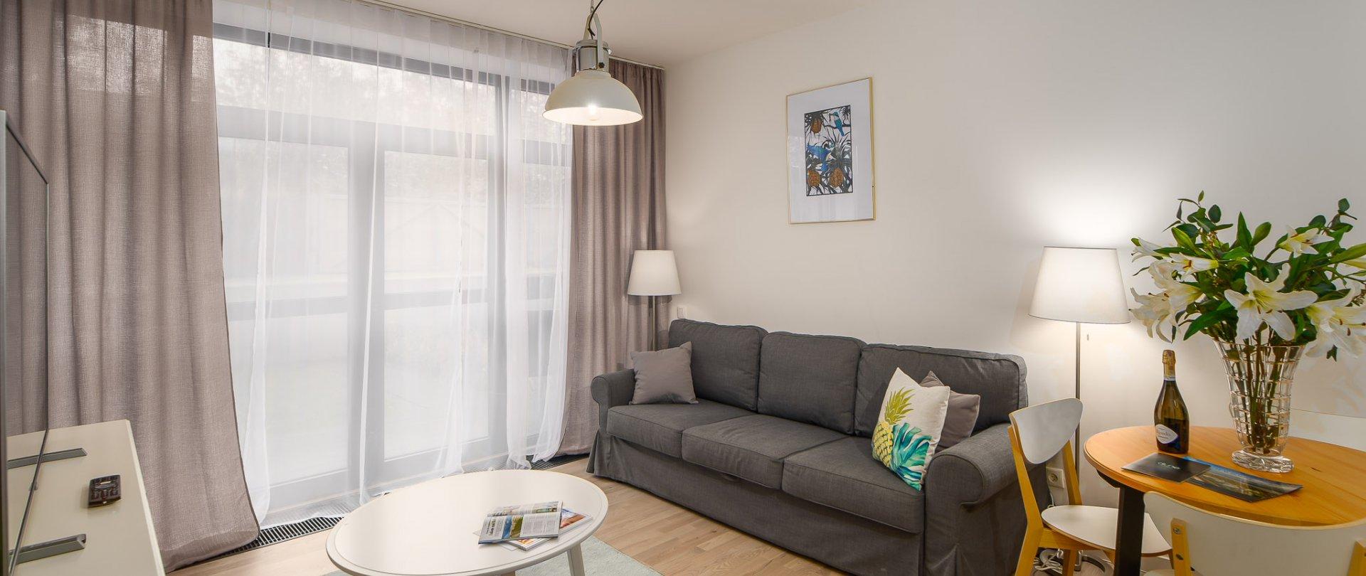 Apartament 019A  z jedną sypialnią  i ogródkiem