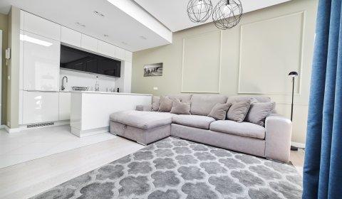 One-Bedroom Apartment no B111