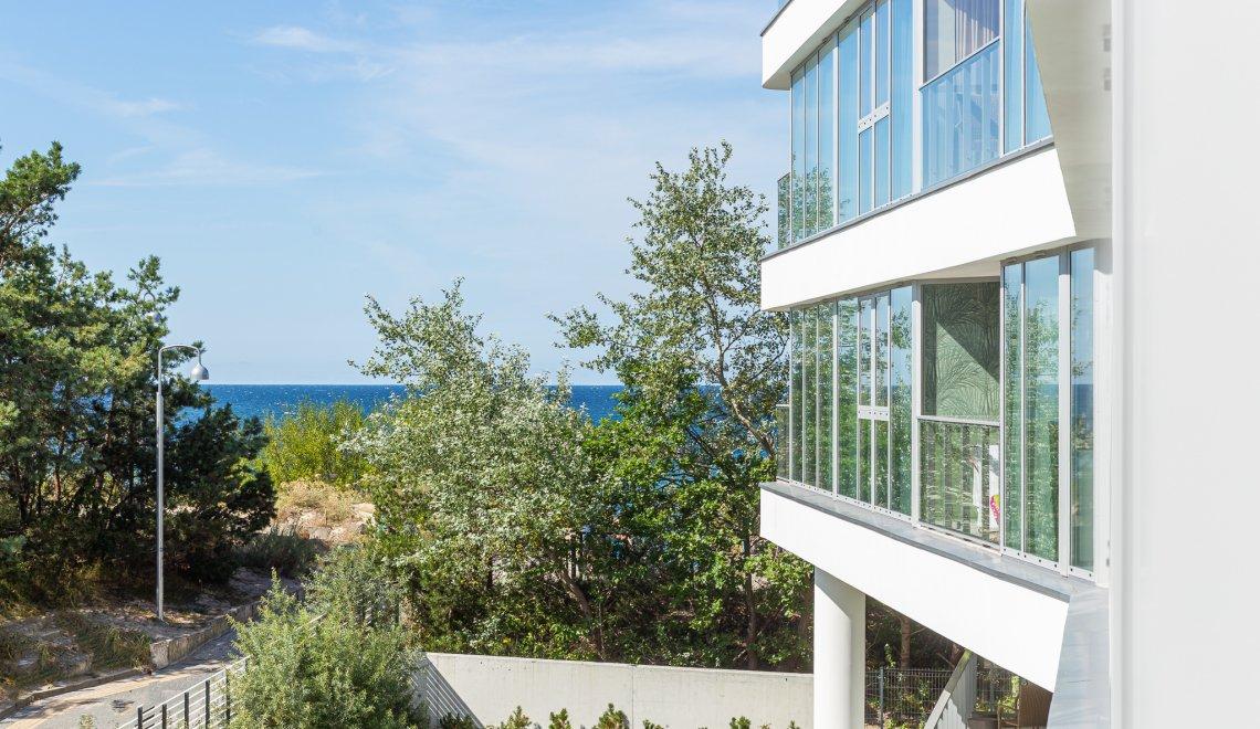 Apartament z 2 sypialniami 2.02 B i częściowym widokiem na morze