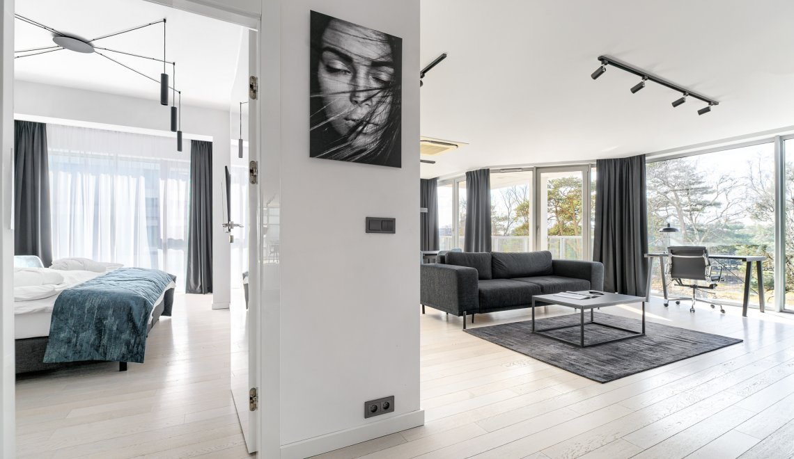 Apartament Executive Suite 3.02 B z 2 sypialniami i częściowym widokiem na morze