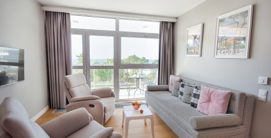 Two-bedroom Apartment 4.13 A with sea view