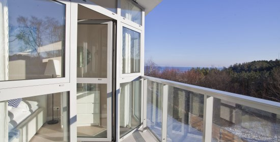 One-bedroom apartment 0.12 B with partial sea view