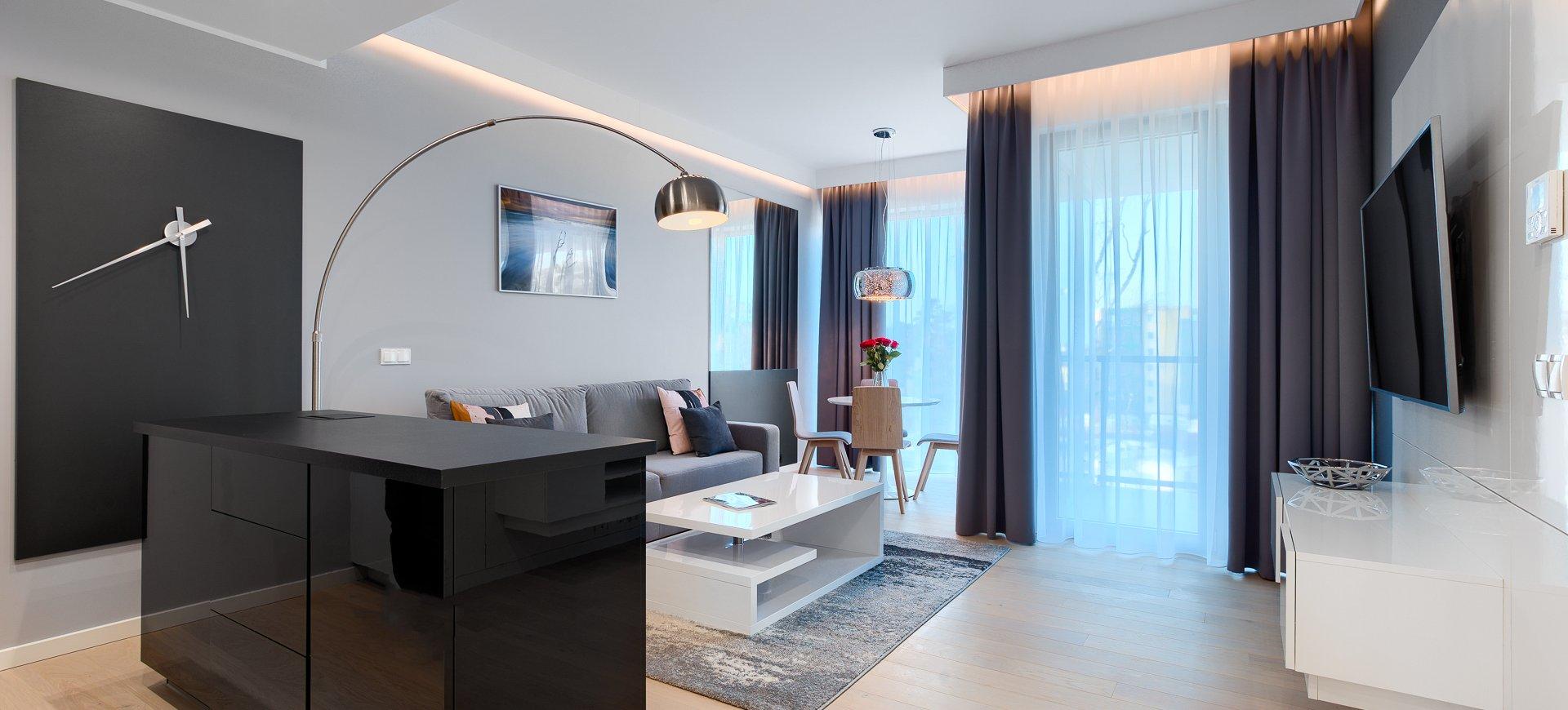 Apartament Deluxe z 1 sypialnią 3.12 C z bocznym widokiem na morze