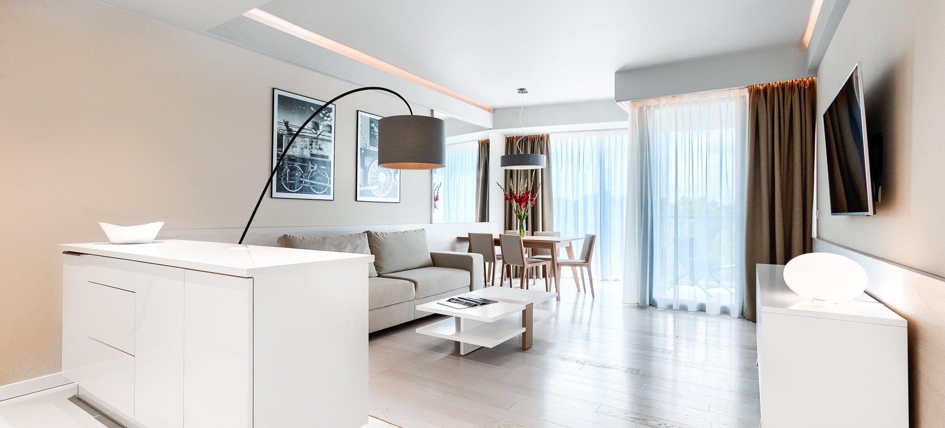 Apartament Deluxe z 1 sypialnią 4.05 B z widokiem na morze