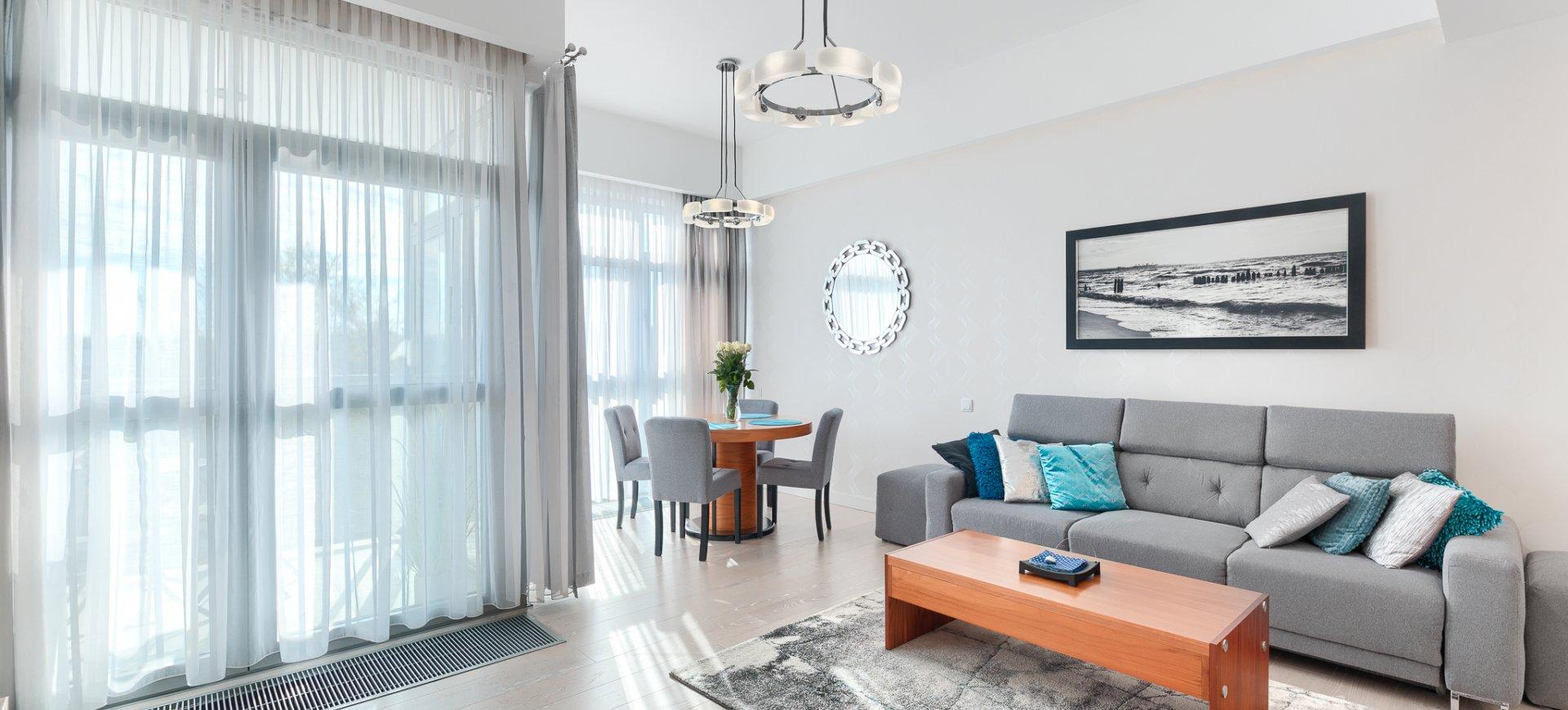 Apartament z 1 sypialnią 3.07 A z bocznym widokiem na morze