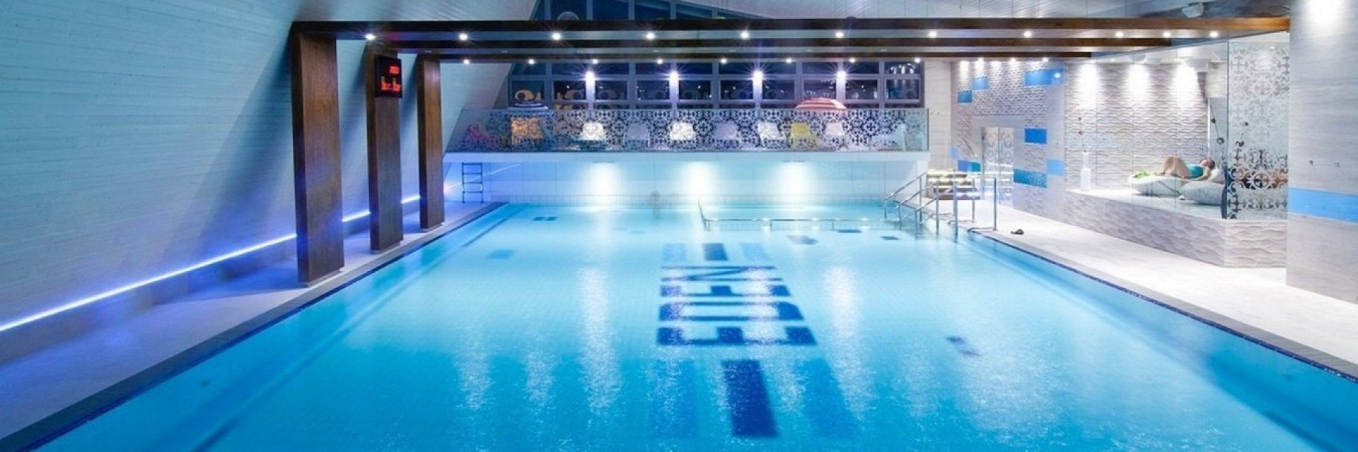 Stay in apartment Swimming pool + Spa complex