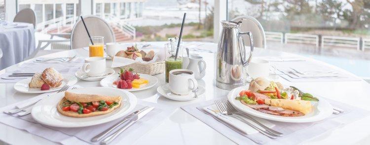 Cena dnia - ze śniadaniem i kolacją min 3 doby