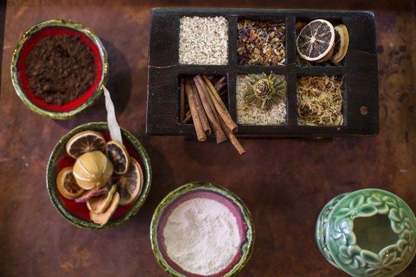 Bali Chanong Sari Body Ritual