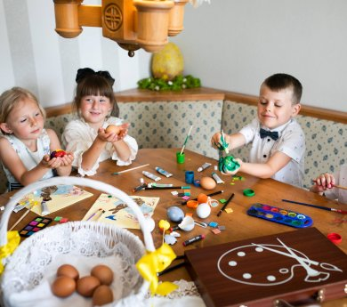 Copy_FAMILY EASTER IN THE BESKID MOUNTAINS First Minute