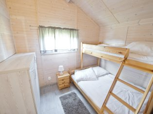 Domek 7-osobowy (2 sypialnie i salon)
