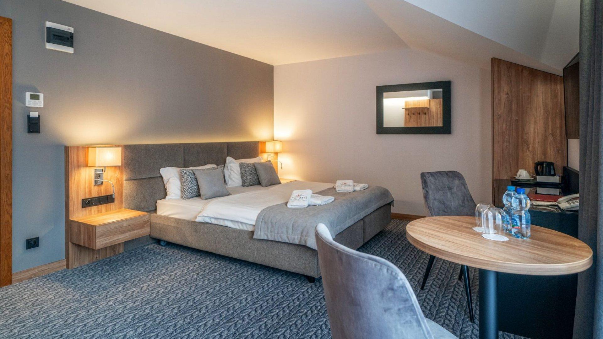 HOTEL META **** Pokój De Luxe (bud. B)