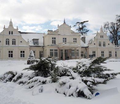 Ogrzej się w Pałacu Romantycznym - Zimowa oferta specjalna!