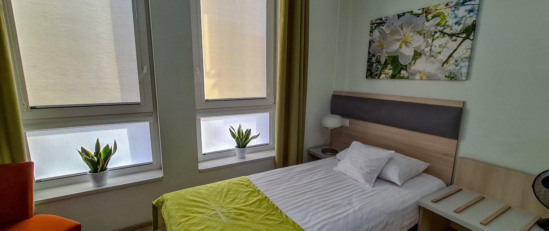 Pokój jednoosobowy w drugim budynku hotelowym