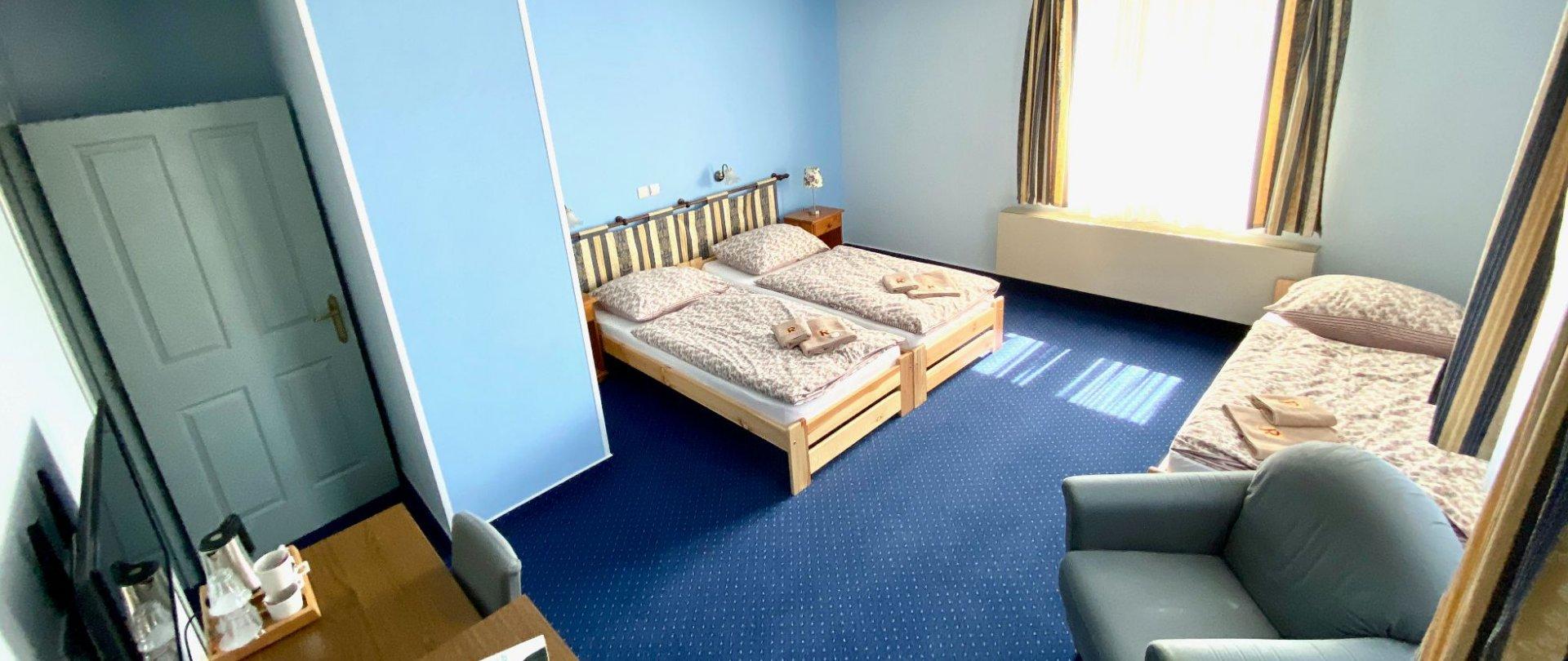 Třílůžkový pokoj s vanou