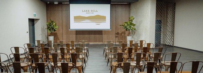 Großer Konferenzraum