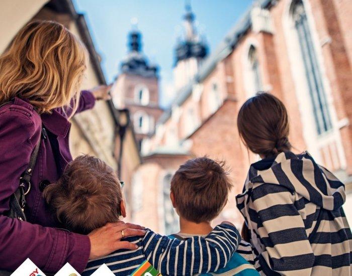 FAMILY IN KRAKOW