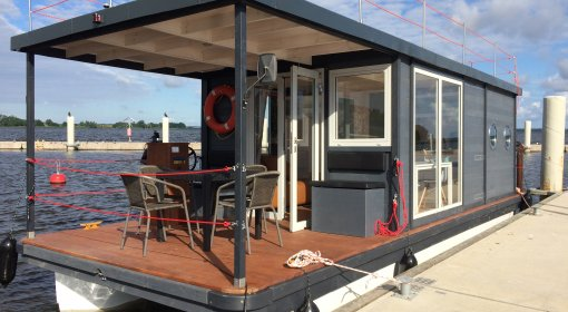 Houseboat Julietta
