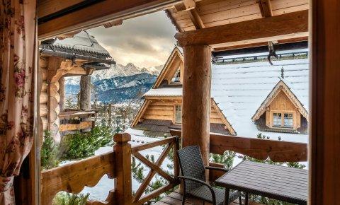 Apartament 4 osobowy standard (z ograniczonym widokiem na góry)
