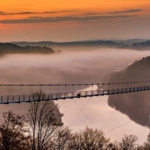 Am Sonntag auf die Hängebrücke