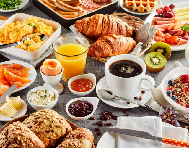 Super deal - the best offer - with breakfast