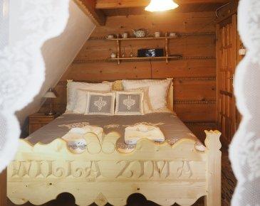 Chamber 2 - Grandpa Theodor's little room
